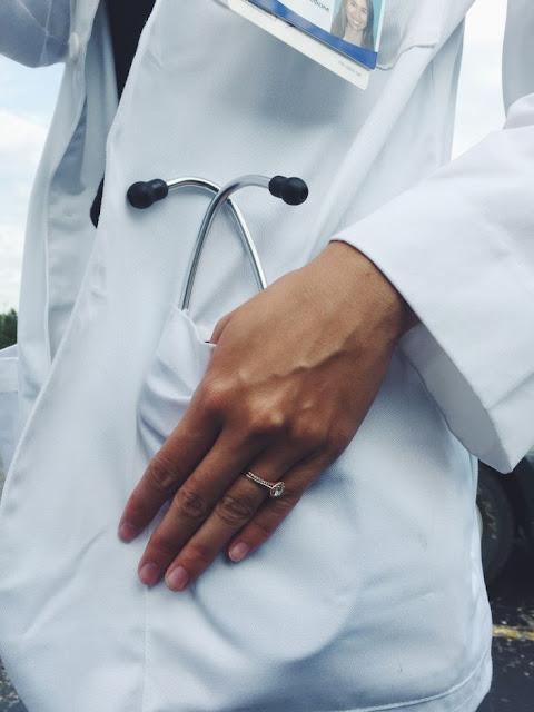 Astagfirullah, Sales Farmasi Berikan Fasilitas Untuk Dokter yang Mau Pakai Obatnya, Ini Bentuk Suap?