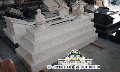 Makam Masyaikh Batu Marmer