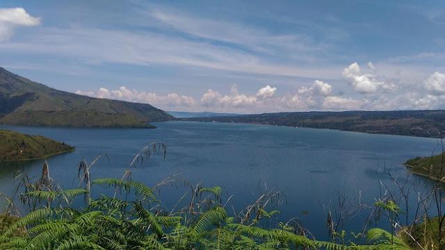 Jalur De Danau Toba