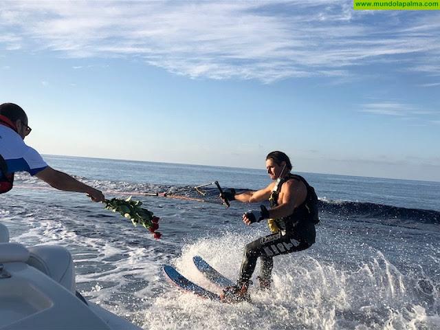 El Deportista Palmero, Ricardo García, finaliza  con éxito la prueba de esquí acuático uniendo Santa Cruz de La Palma con La Gomera