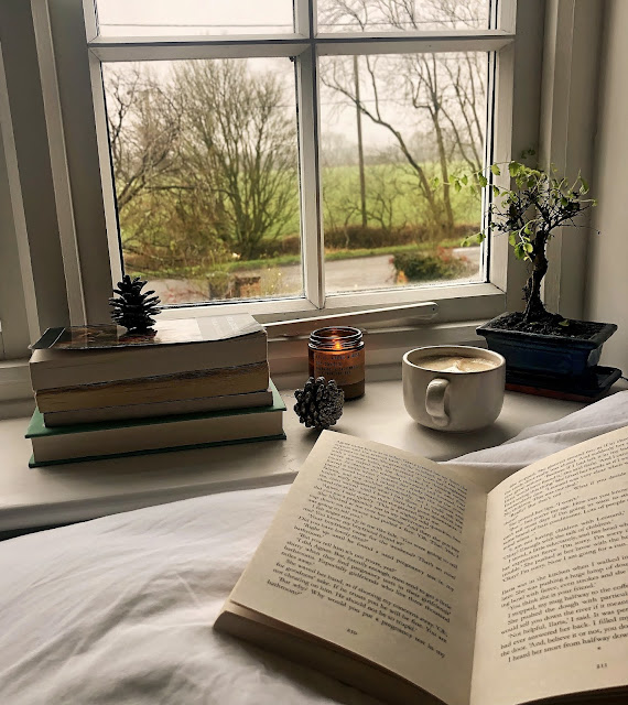 Cosy Books To Add To Your 2021 Reading List