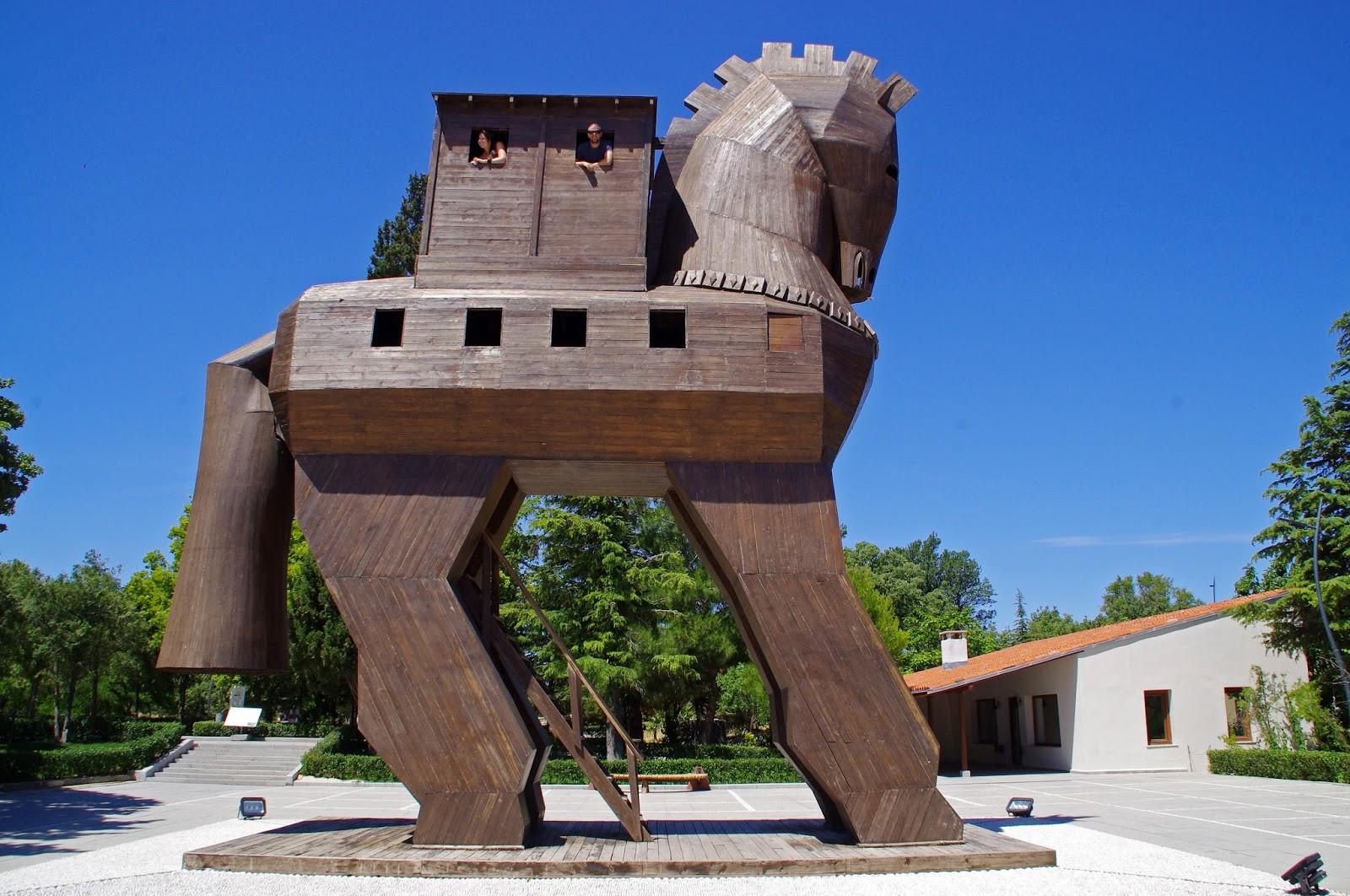 Couple in Trojan Horse in Troy