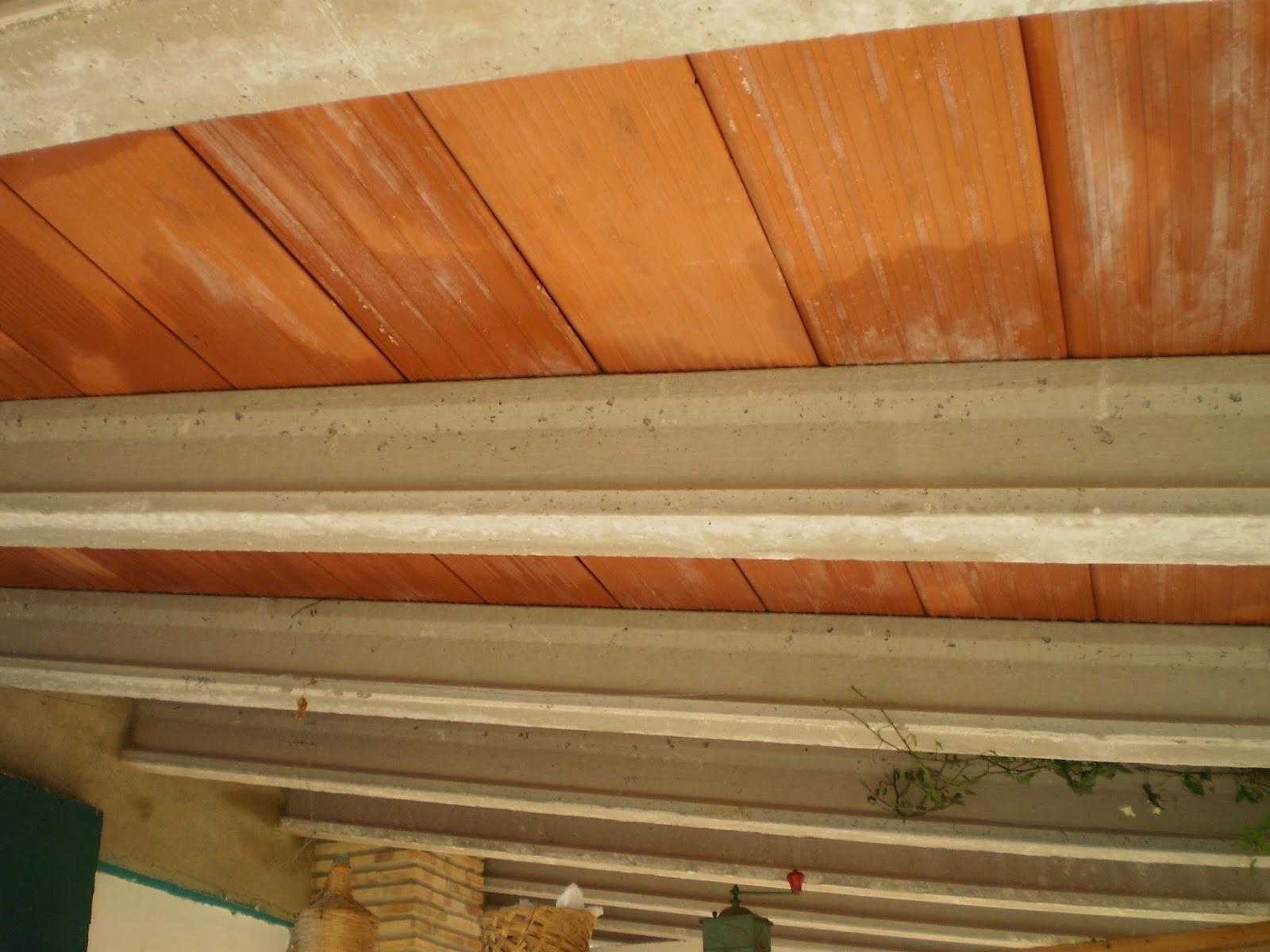 El blog de la elena un blog dulce divertido y entretenido viguetas de cemento imitaci n madera - Cambiar vigas de madera ...