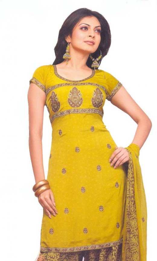 SHE FASHION CLUB: indian dresses for girls