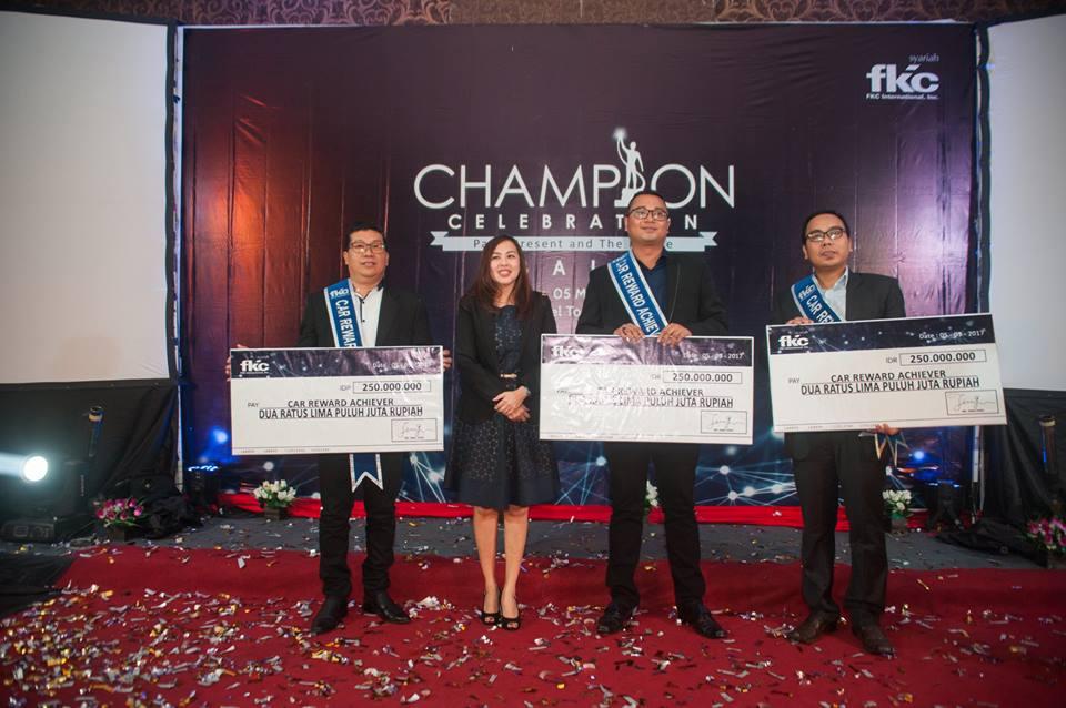 Bisnis Fkc Syariah - Reward I Nyoman Juliantara