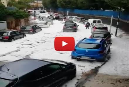 Απίστευτο χαλάζι στην Νάπολη της Ιταλίας (video)