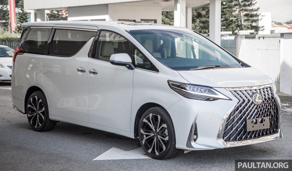 Toyota Alphard độ thành xe sang Lexus LM