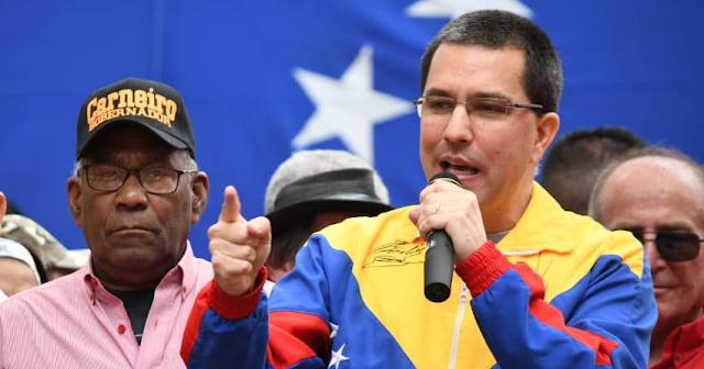 Multitudinaria marcha en Caracas en apoyo a la Revolución bolivariana y al presidente Maduro