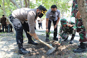 Wakapolres Serang Hadiri Kegiatan Baksos Penanaman 2000 Bibit Pohon Mangga di Tanara