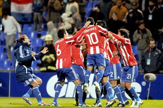 Uruguay y Paraguay clasificaron a la final de la Copa América 2011