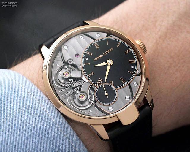 Wristshot of the Armin Strom Pure Resonance Fire