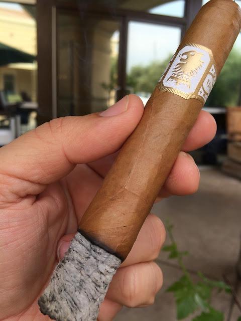 Drew Estate Undercrown Shade cigar 2
