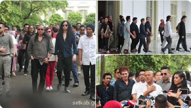 Ketika Pendemo Dihujani Gas Air Mata: Jokowi Mikir Konser, DPR pun Cuek