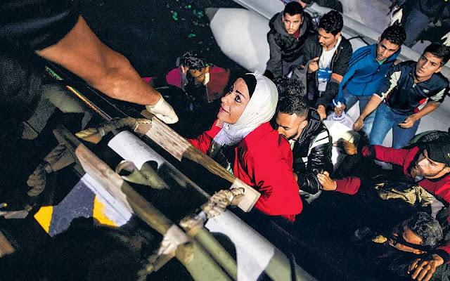 Μεταφορά 10.000 αιτούντων άσυλο στην ενδοχώρα