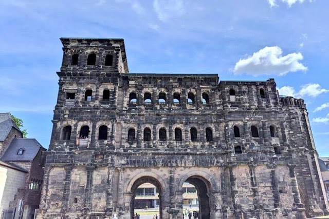Day trips from Luxembourg City: Visit Porta Nigra (the Black Gate) in Trier Germany