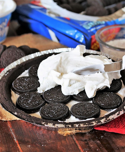 How to Make Ridiculously Easy Oreo Pie Image