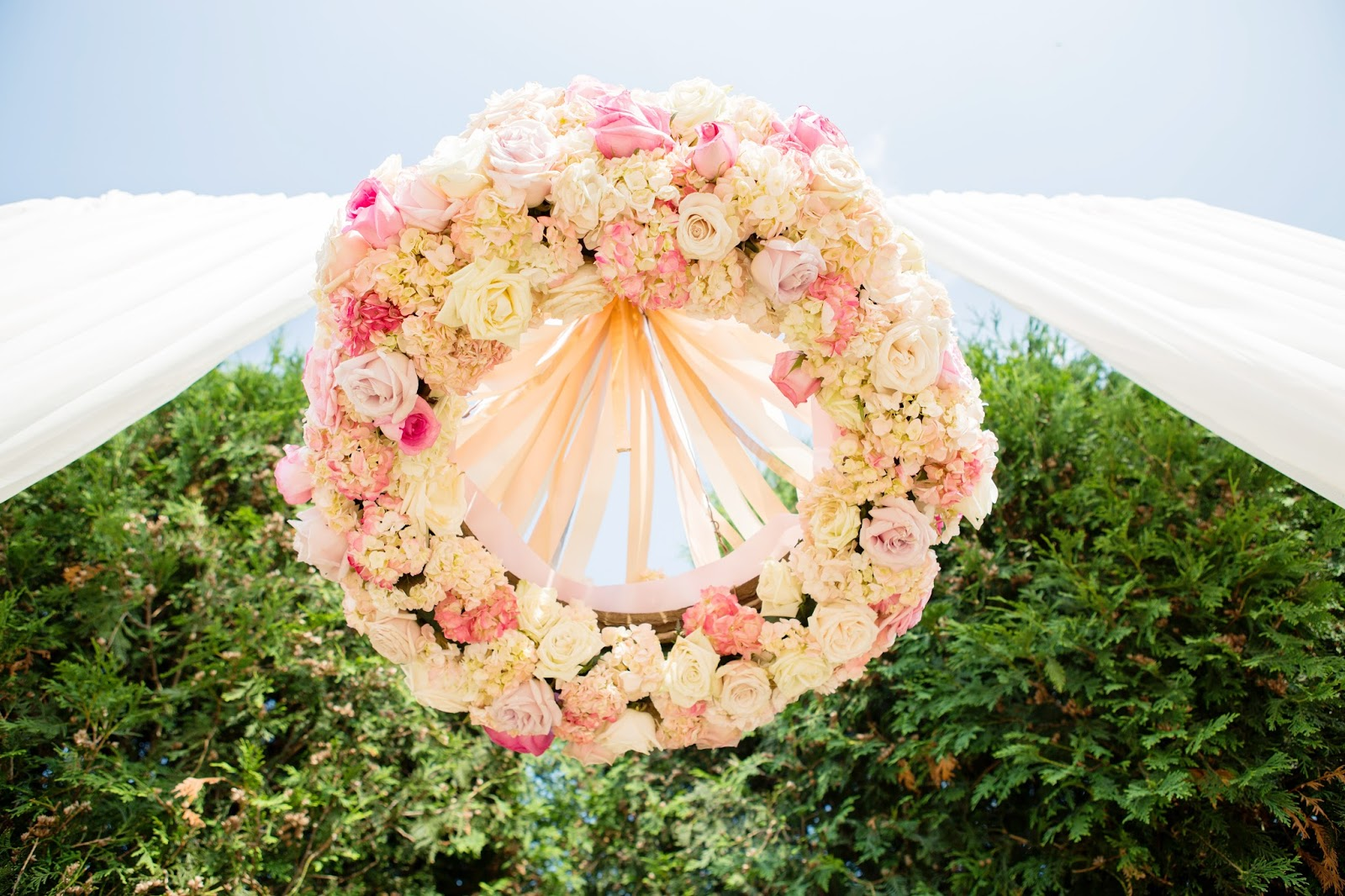 15 Spring Floral Trends Youll Love Chicagostyle Weddings