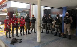 4º BPM realiza policiamento durante pagamento de auxílio emergencial na Caixa Econômica Federal de Guarabira