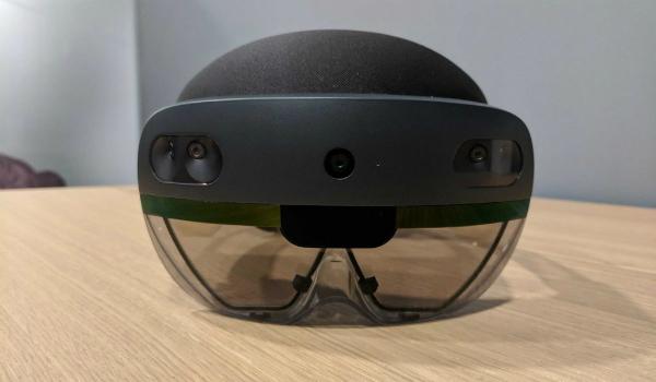 آخر المعلومات عن Microsoft HoloLens 2