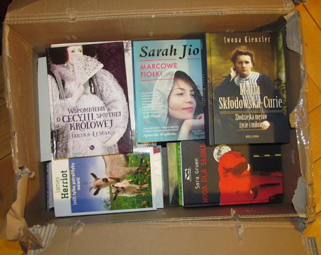 52 książki od portalu Granice, czyli o tym, jak wyglądam upojona książkami