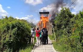 Polisi Dikepung Warga Bersenjata Saat Gerebek Kampung Narkoba di Palangka Raya