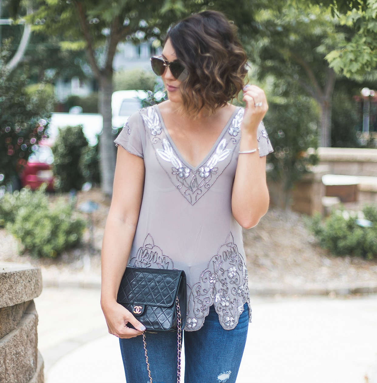 bke boutique embellished top, quay aviators, francescas fringed denim