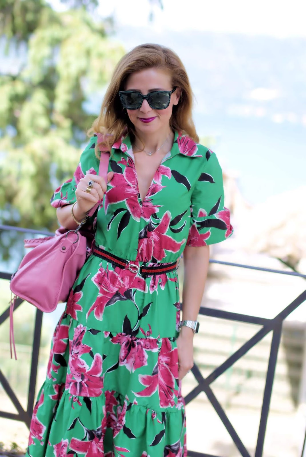 The best dress for Summer is floral and green on Fashion and Cookies fashion blog, fashion blogger style