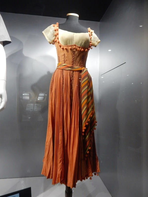 Piper Laurie Golden Blade film costume
