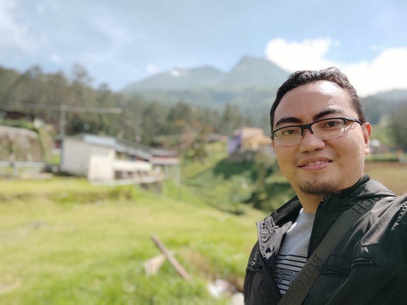 Hasil Foto Kamera Depan Xiaomi Redmi Note 9 Pro