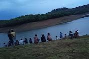 5 Jam Hilang Tenggelam, Ratusan Warga Ditrerjunkan Cari Asrul