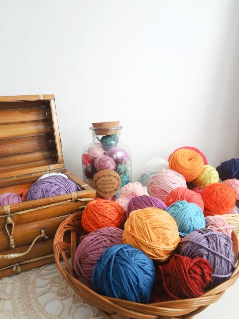 Small Yarn Balls Storage Ideas