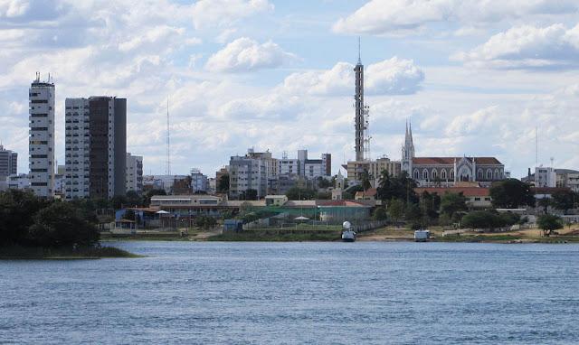 Catedral e Torre da Embratel - Petrolina - Pernambuco