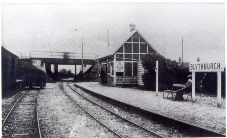 Six mile bottom railway crossing 1