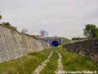 Trinchera y túnel en Torreperogil