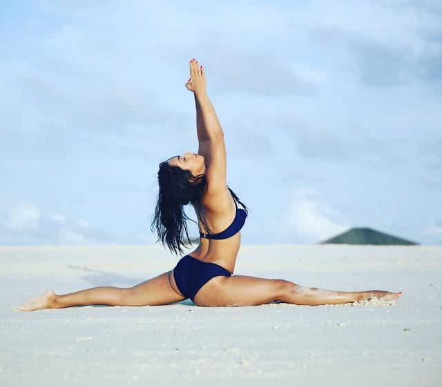 Abigail Pande looks so hot while doing yoga in bikini