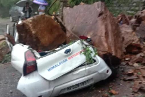 हिमाचल में 70 दिनों में 302 लोगों की मौत, 800 करोड़ रुपये की संपत्ति का नुकसान