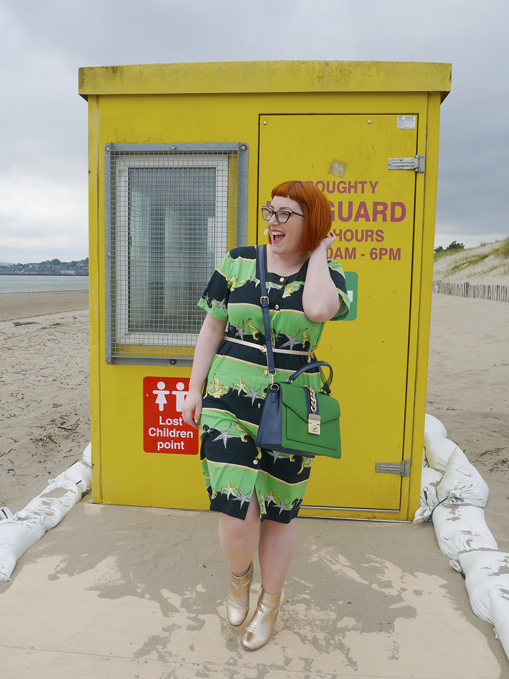 Vintage Beach Style on Broughty Ferry beach