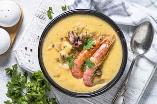 a seafood chowder soup
