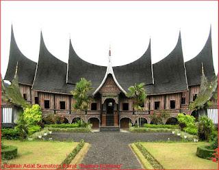 Gambar-Rumah-Adat-Sumatera-Barat