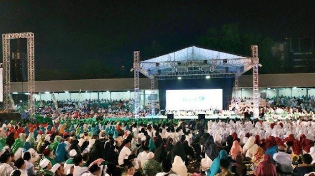 Puncak Haul ke-9 Gus Dur, Stadion Sriwedari Solo Dipenuhi Lautan Manusia