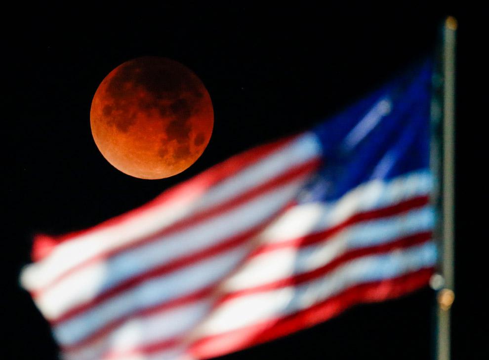 Кровавая Луна в 2018 году