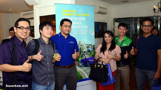 A group shot with the bloggers and Rian Aznani, Corporate Affairs Manager of Michelin Malaysia Sdn Bhd