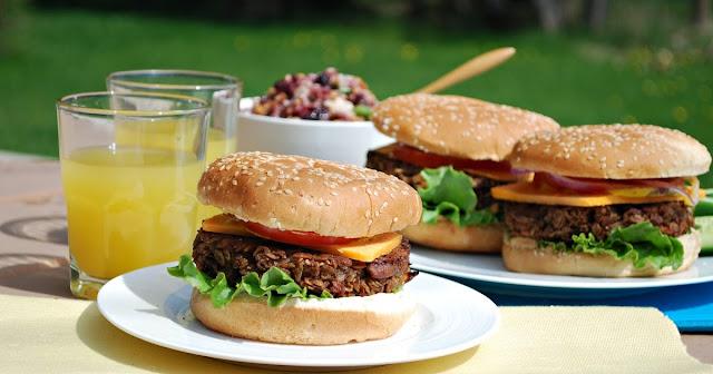 Cara Memulakan Bisnes Burger. Panduan Lengkap Bisnes Burger