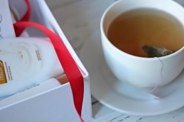 Лимитированная коробочка Dove от AllureBox/www.gronskaya.com