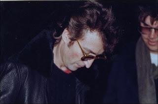John Lennon Mark David Chapman autograph