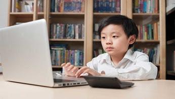 Karya Mahasiswi UMP, Pendidikan Karakter Dan Gemerlapnya Perkembangan Teknologi Digital
