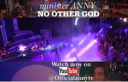 Anny Premieres New Live Visuals - 'No Other God' || @anny_sings