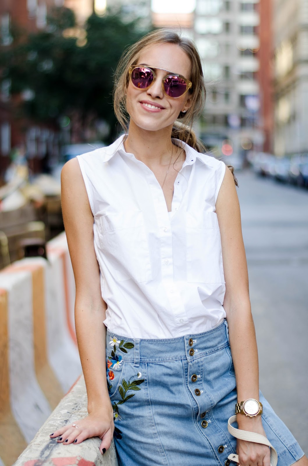 sleeveless white button down denim skirt outfit