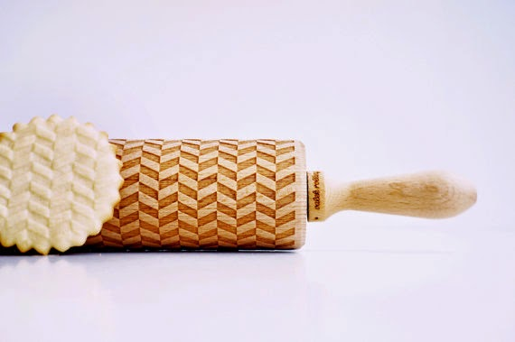 https://www.etsy.com/listing/182689971/tweed-lines-embossing-rolling-pin-laser?ref=favs_view_4
