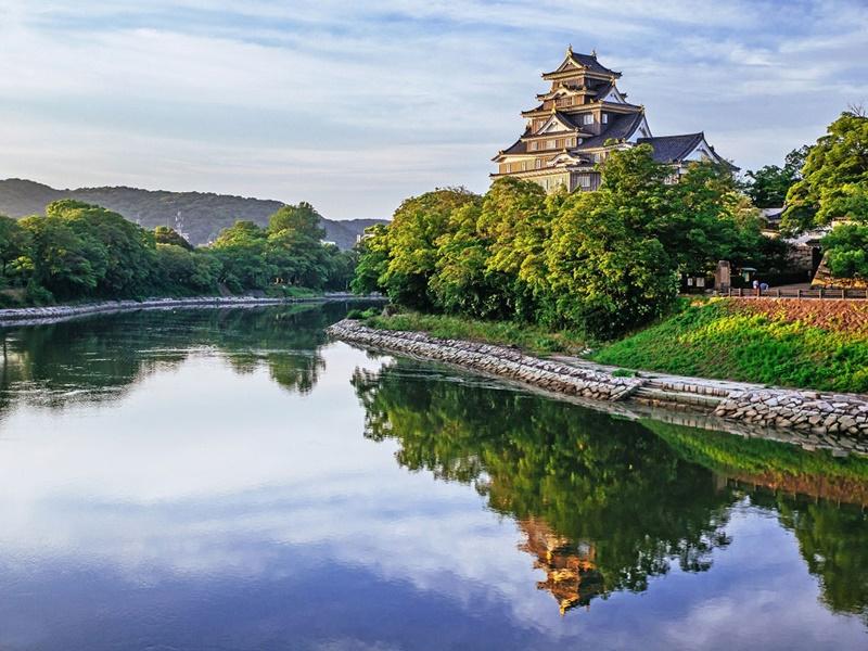 ปราสาทโอคายาม่า (Okayama Castle: 岡山城)